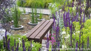 Greening-Grey-Britain_Garden-2_wynik